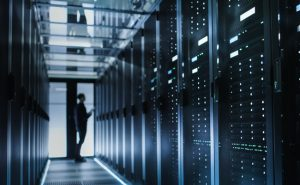 CentOS 7とSambaでWindows用ファイルサーバーを設定する。古いサーバーの有効利用に最適